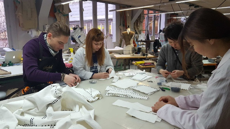 Lycée Turquetil Paris préparation défilé Yuima Nakazato