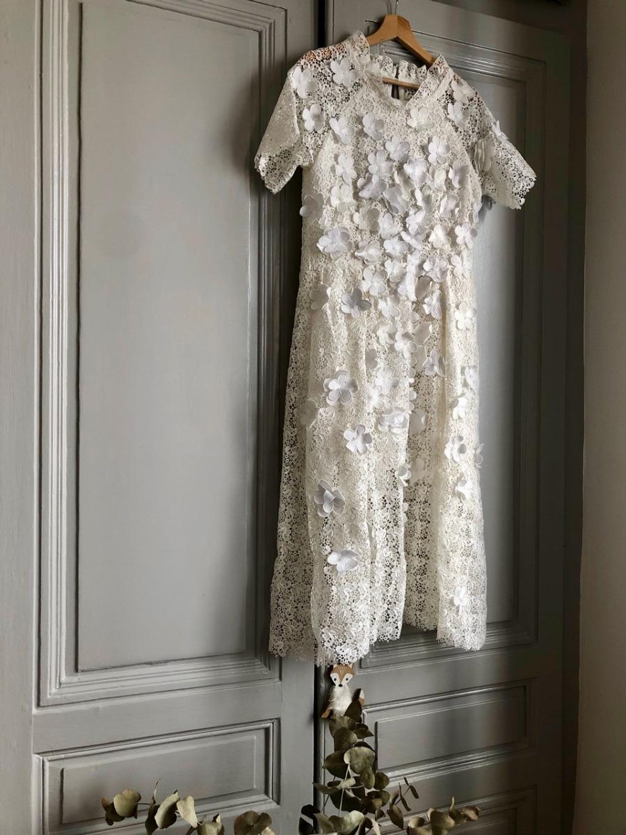 coudre et broder soi-même sa robe de mariée : Lorraine Delhomme